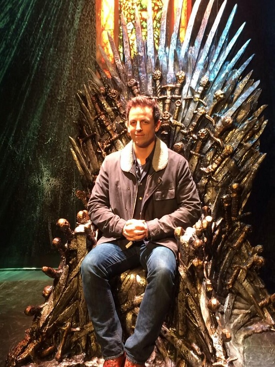 Seth Meyers on the Throne - from winteriscoming.net